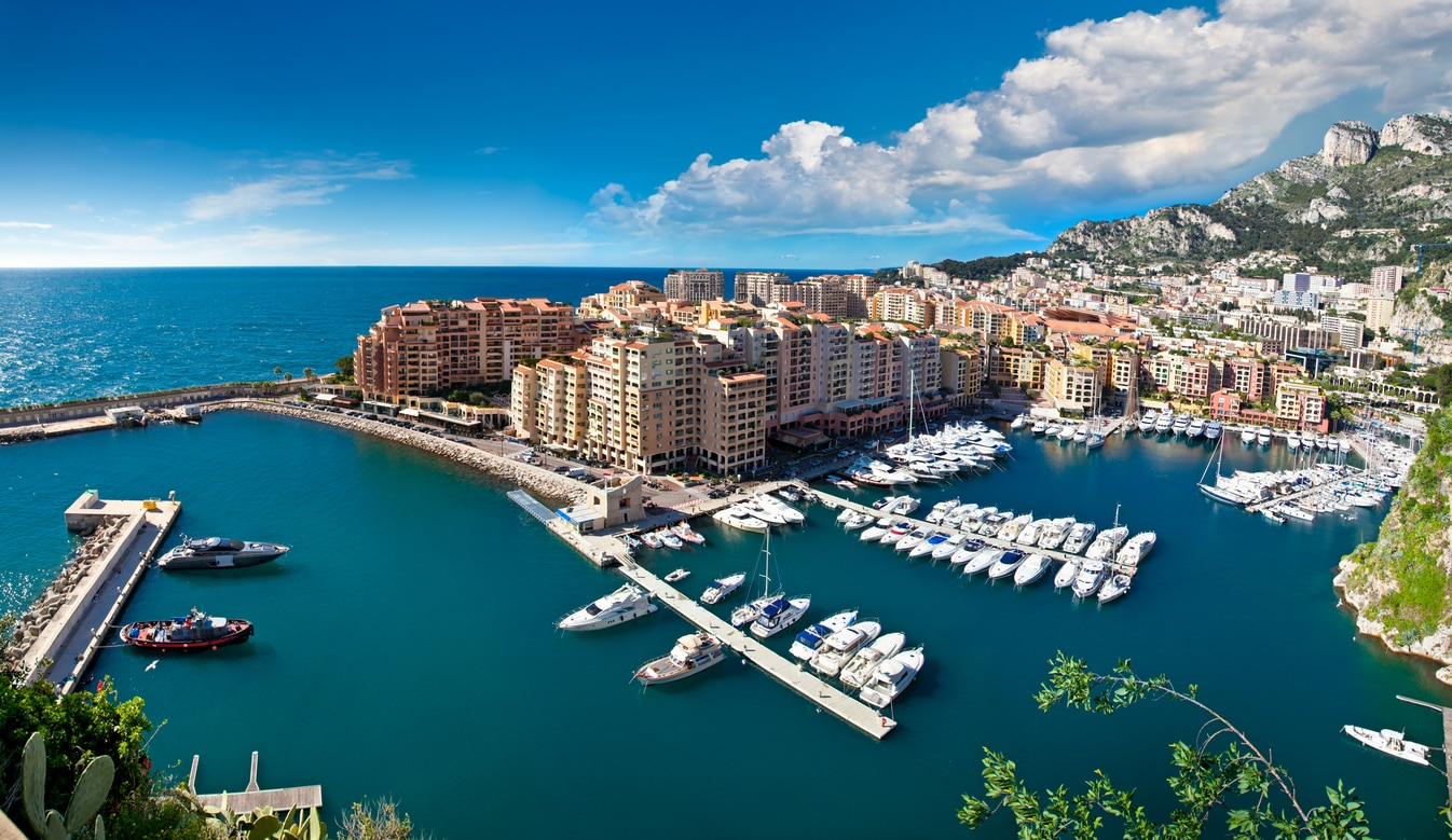 Monaco:Luxury and Glamour on the Coast of the Mediterranean