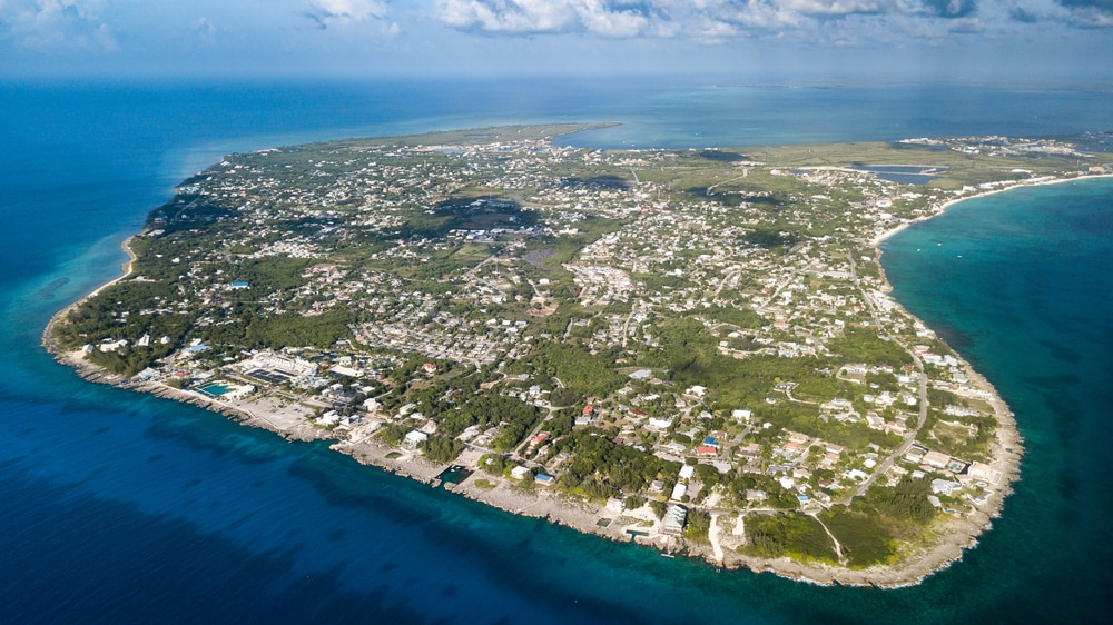 Cayman Islands:Home to One of the World's Most Bountiful Underwater Landscapes