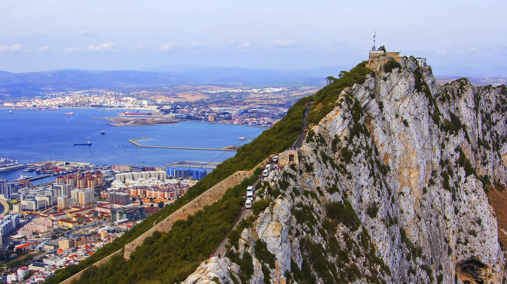 Gibraltar:A Refreshing Piece of a British Break from the Cádiz Towns' White Houses and Spanish Cuisine