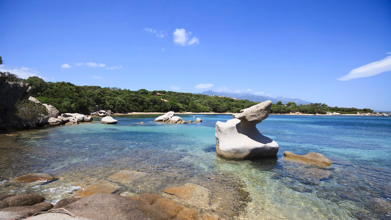 Figari : Astounding Geographical Diversity Evident in Its Glittering Bays and Coastlines