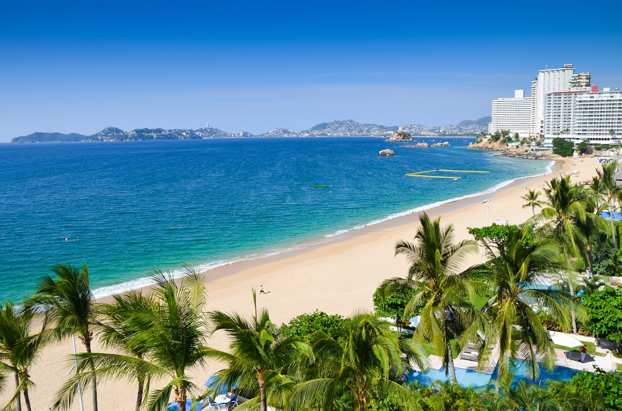 Acapulco : A Destination with Exotic Nature and Exciting Attractions