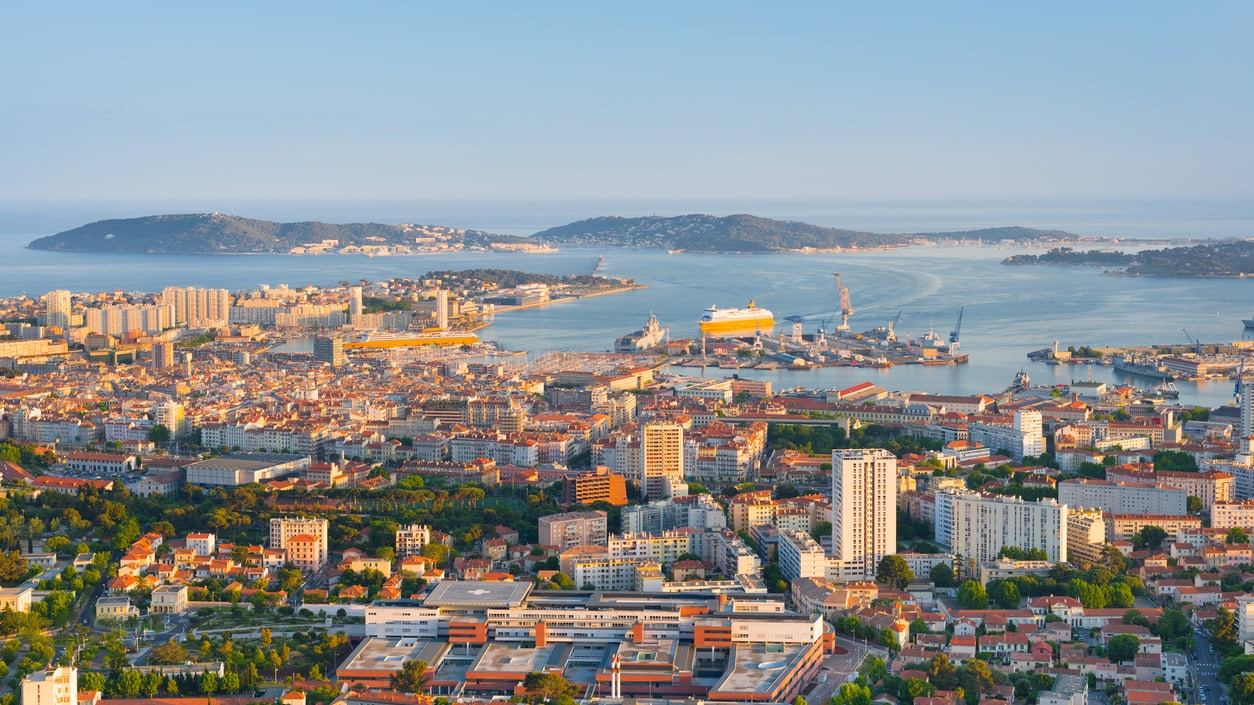 Toulon : A Gorgeous Sightseeing Destination Popular as the Port City