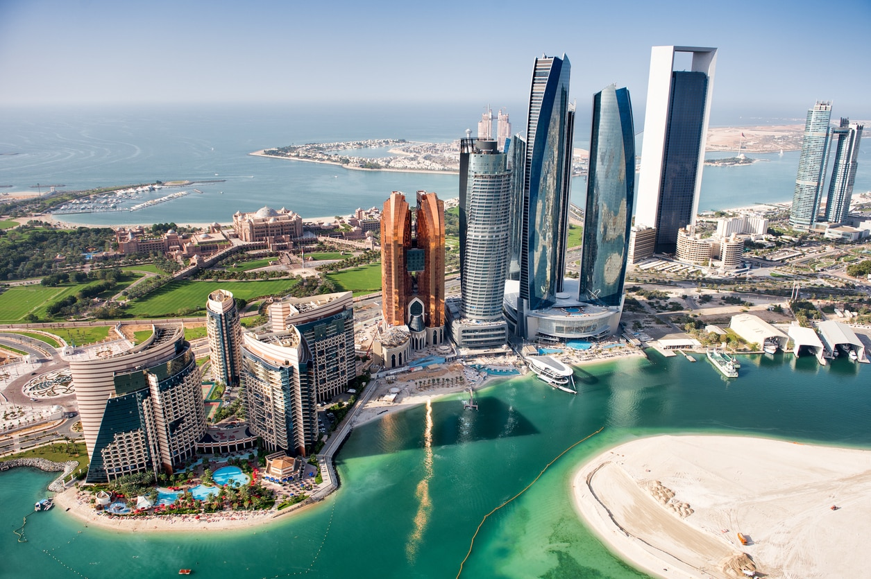 Abu Dhabi: Top 10 Things to do in the Futuristic Gulf City