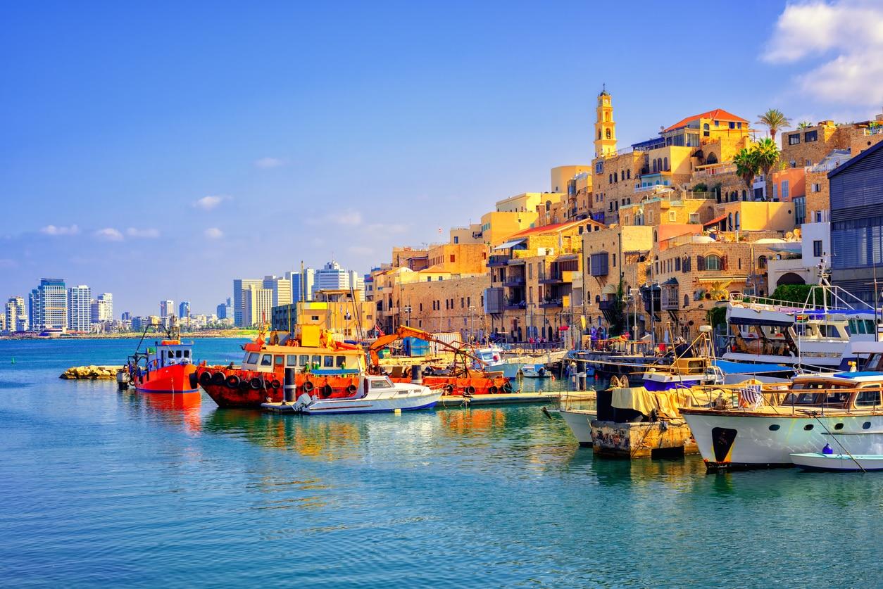 Tel Aviv : A Vibrant Mediterranean Manhattan