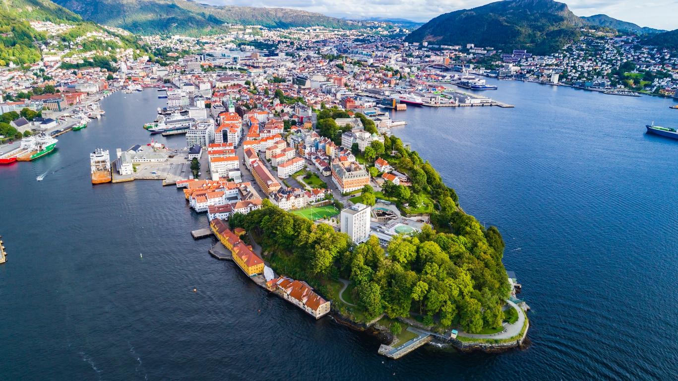 Bergen : 10 Reasons to Visit this Stunning Norwegian City