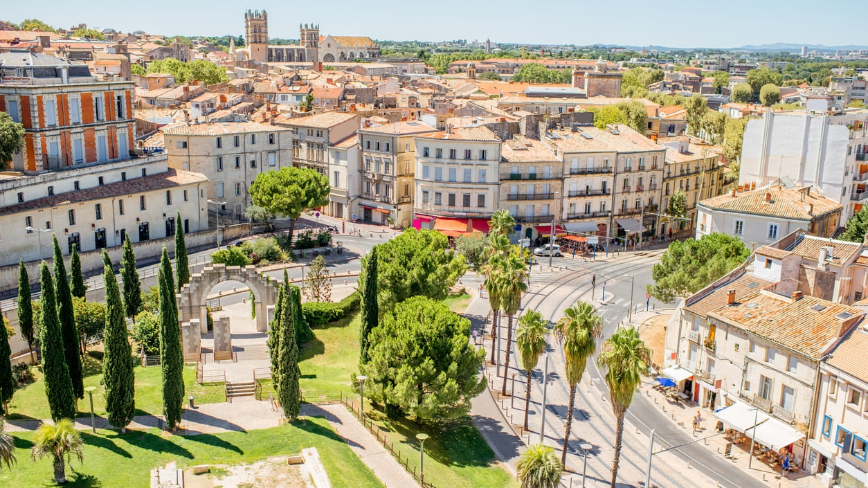 Montpellier : The Historic Medieval Center and Paradise to Stroll