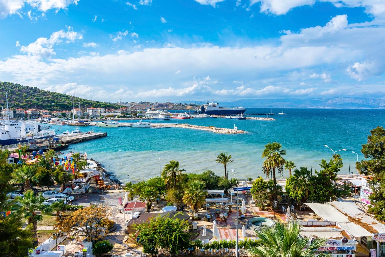 Izmir : The Turkish Gem of the Aegean Coast