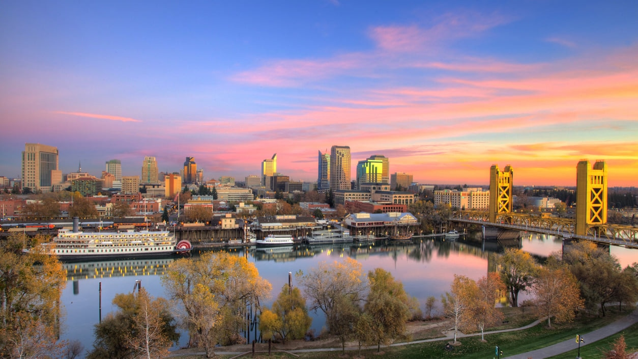 Sacramento : Once a Cow Town that Is Now a Sprawling Urbanized City
