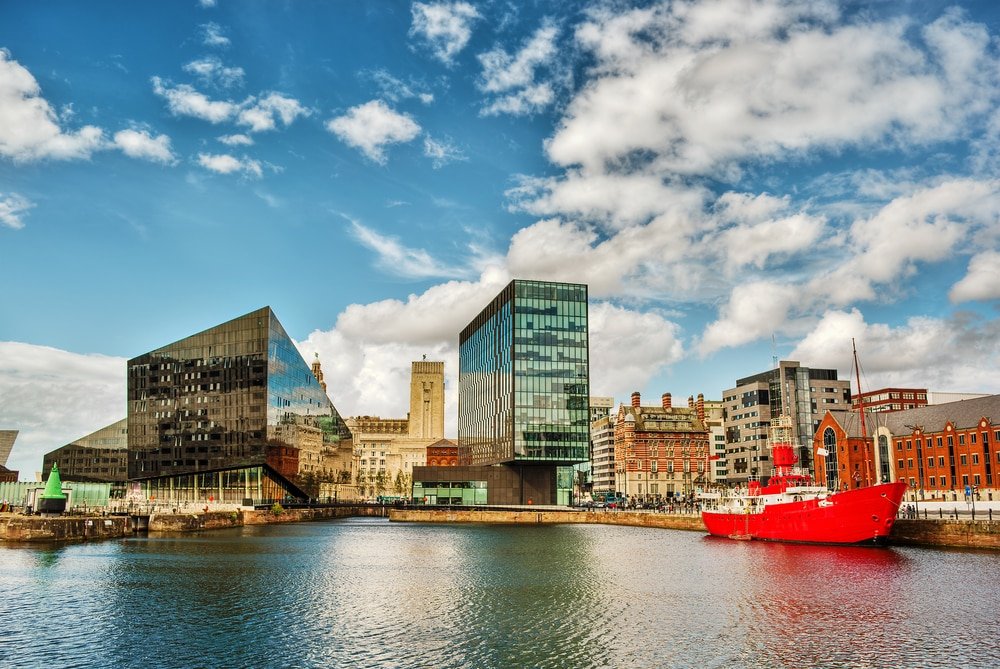 Liverpool : A Vibrant City in England Where Music, Culture & Sports Are Very Alive