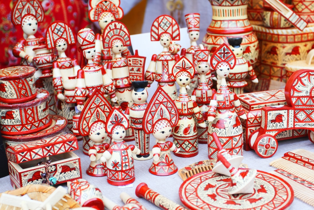 Heading to Russia? Here Are the Perfect Souvenirs to Bring Back