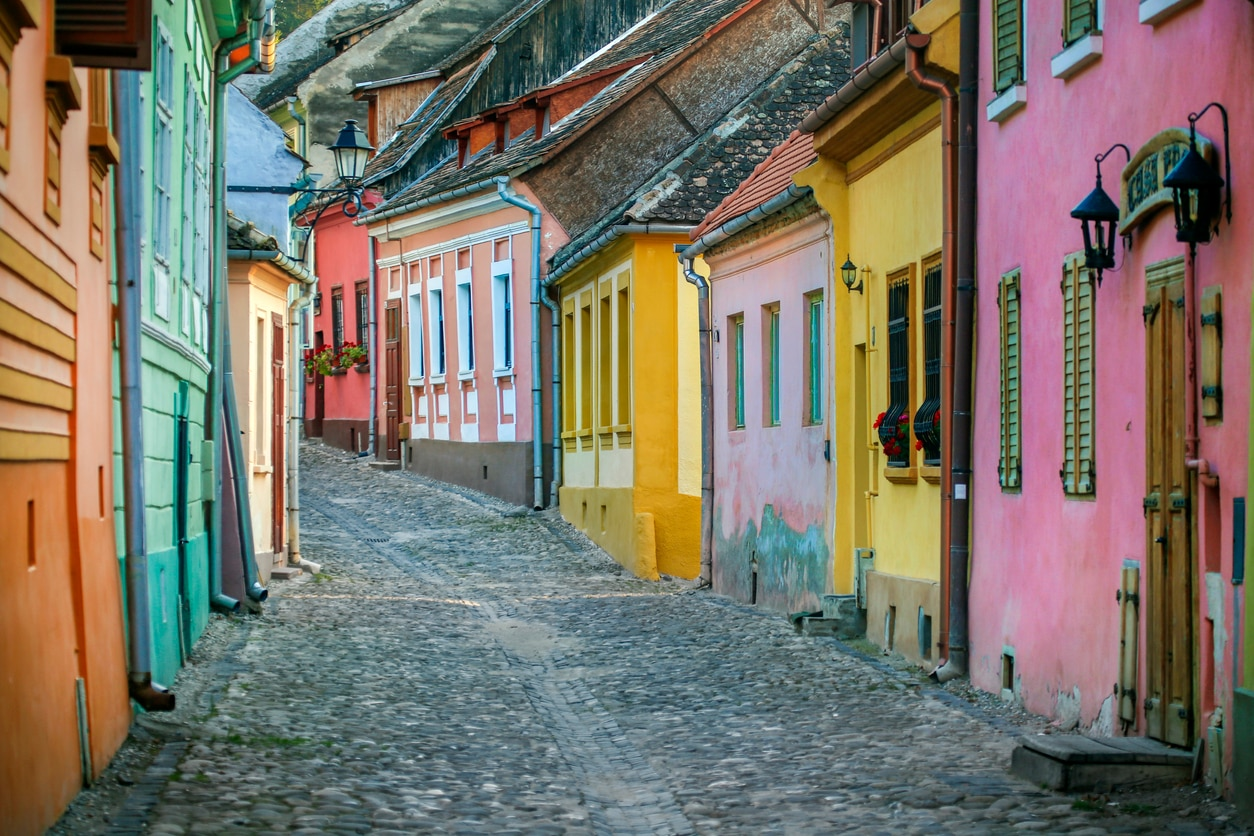 6 Things You Should Know Before Visiting Romania