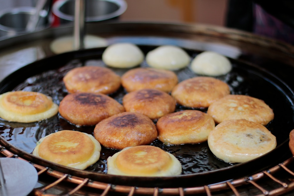 8 Korean Street Foods You Need to Eat in Seoul