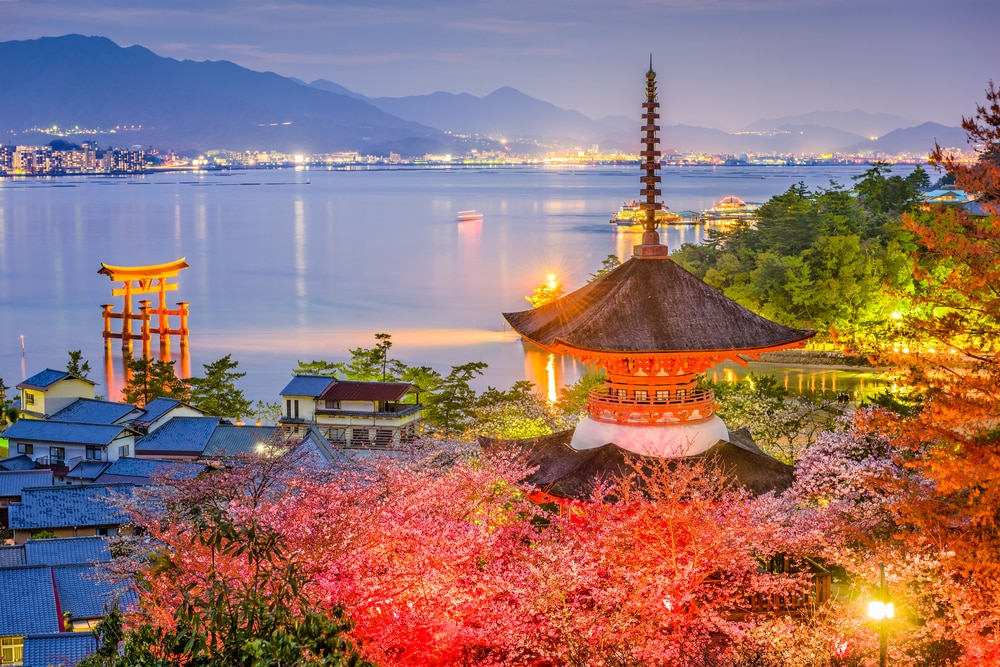 10 Amazing Sightseeing Spots and Fun Things to Do in Hiroshima Prefecture