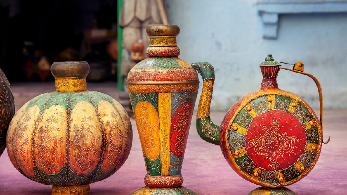 12 Essential Souvenirs You Should Bring Back from India