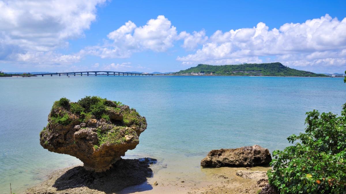 Hamahiga Island: Traditional Okinawan Culture and Peaceful Village Life