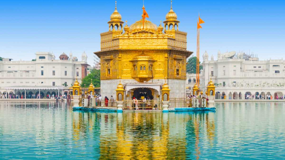 Incredible Palaces and Historic Buildings to Check Out in India