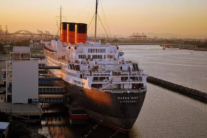 RMS Queen Mary, Los Angeles