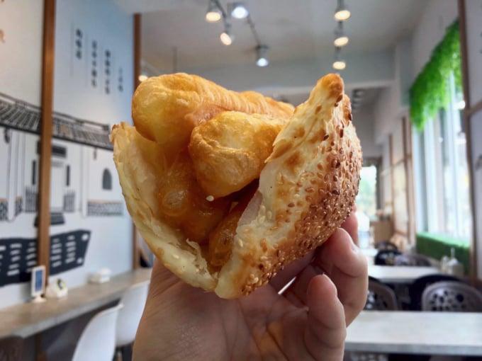 Shaobing Youtiao, popular food from Taipei, Taiwan