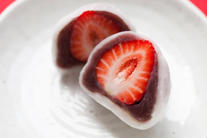 Ichigo Daifuku, mochi filled with strawberries