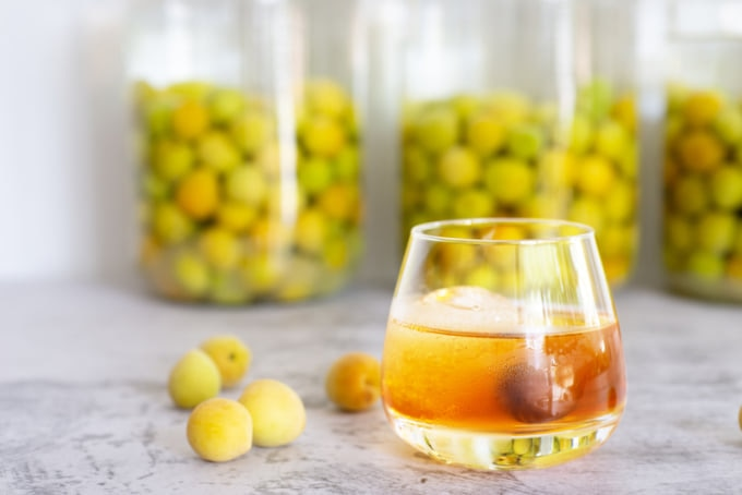 Umeshu, Japanese alcohol made with shochu and plums