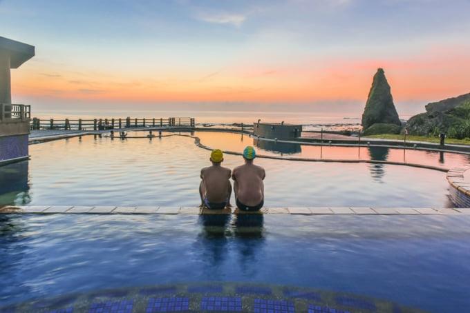 Green Island Zhaori Hot Springs