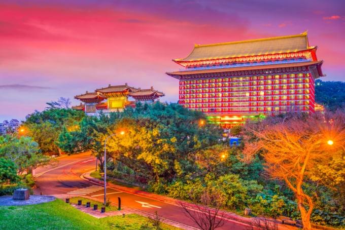 Hotel near Shilin Night Market
