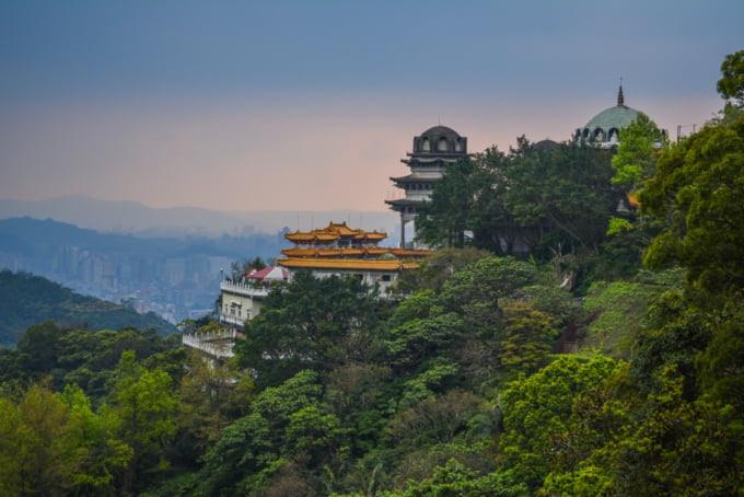 Mountain temple view in Taiwan, Maokong