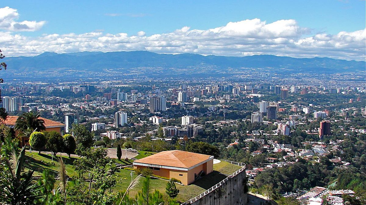 https://en.wikipedia.org/wiki/Guatemala_City#/media/File:Guatemala_City_(663).jpg