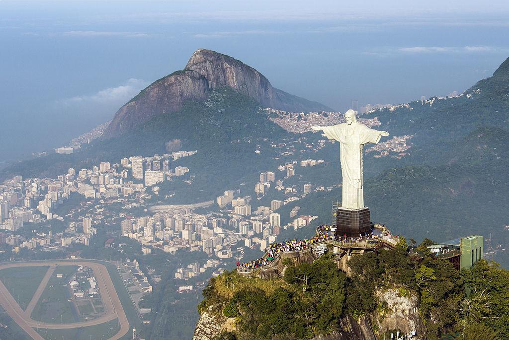 https://commons.wikimedia.org/wiki/File:1_cristor_redentor_2014.jpg