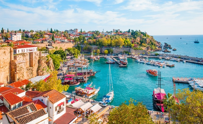 https://www.shutterstock.com/ja/image-photo/old-town-kaleici-antalya-turkey-597156353?src=qsIuXm07oRJ3RkFY-p877g-1-14